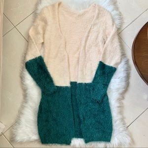 Cream & Teal Colorblock Fuzzy Soft Cardigan